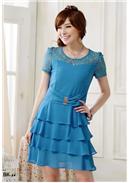 大尺码~亮扣收腰蕾丝层层雪纺连身裙(蓝色)