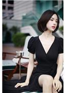 大尺码~V领开叉修身长版连身裙(黑色)